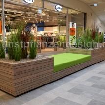 020 Gefäßbepflanzung Gräser im Einkaufscenter