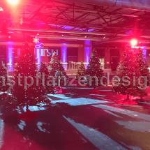 019-Weihnachtsbäume-100-Stück-für-Veranstaltung-auf-2000m²